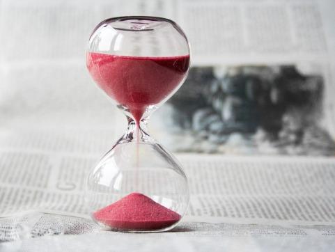 hourglass-620397_1280.jpg